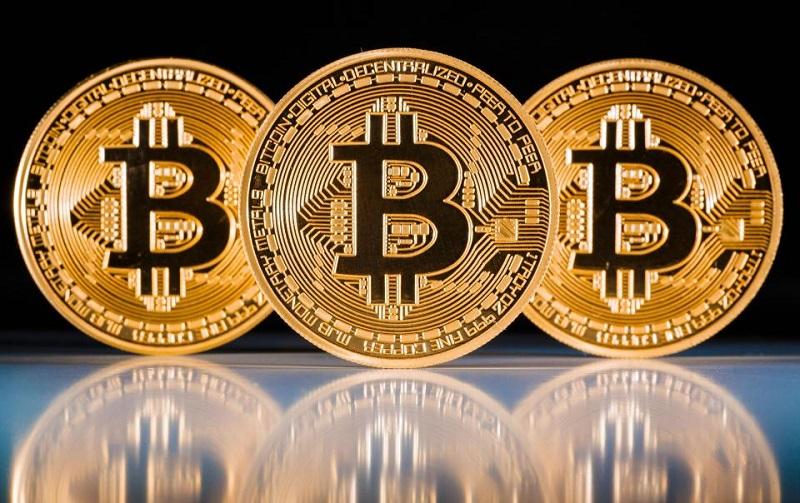 Bitcoin a depăşit pentru prima dată plafonul de de dolari - Hotnews Mobile