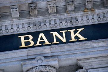 actionari-bancari-364x243.jpg