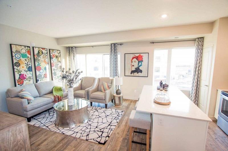 Cererea de apartamente provocată de creșterea veniturilor dezmorțește piața imobiliară după 10 ani de declin